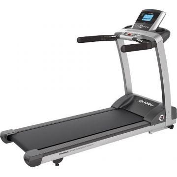 Life Fitness T3 Treadmill w/Go Console